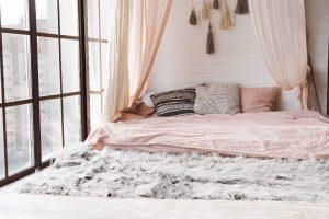 Baldachim nad łóżkiem - zobacz najciekawsze domowe sposoby!