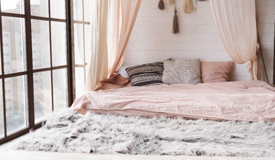 Baldachim nad łóżkiem – zobacz najciekawsze domowe sposoby!