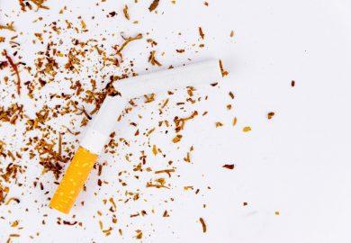 Jak pozbyć się zapachu papierosów w domu po wizycie znajomych ?