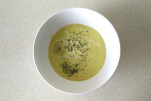 Jak przygotować zupę krem z porów?