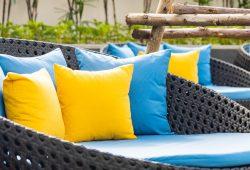 Siedziska na taras – 3 ciekawe rozwiązania