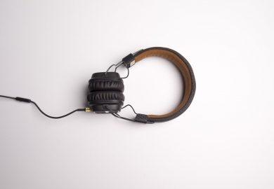 Jakie słuchawki do telefonu wybrać?