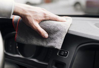 Sprzątanie samochodu krok po kroku – sprytnie i szybko
