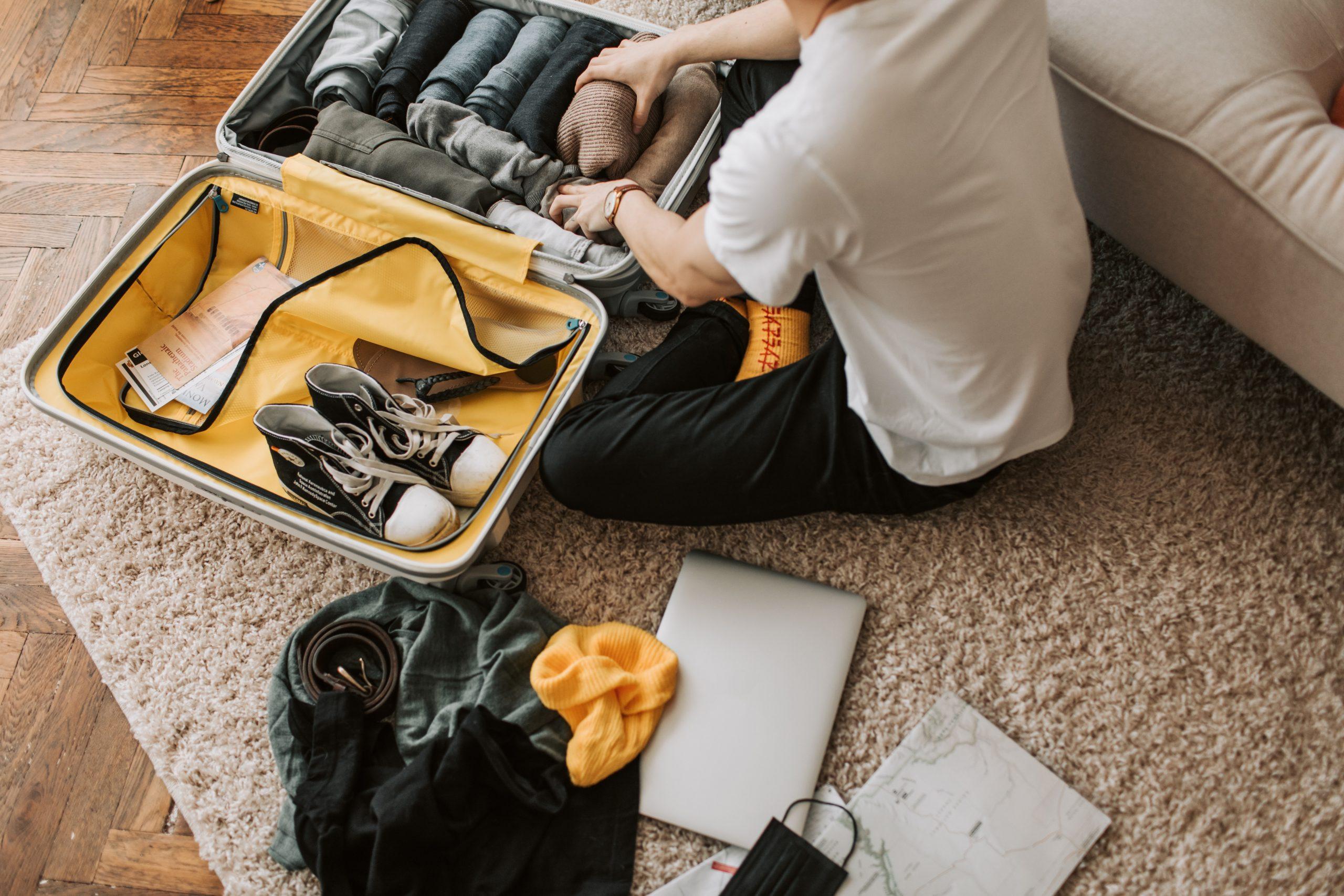 Pakowanie się na wyjazd z dzieckiem – sprawdzone triki